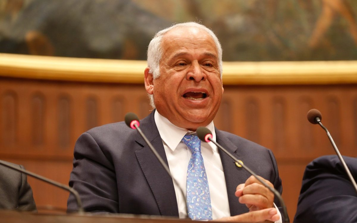 فرج عامر رئيس سموحة